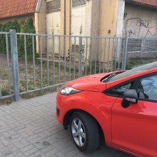 Fiksuoja skaitytojai: miesto centre parkavimo taisyklės negalioja?