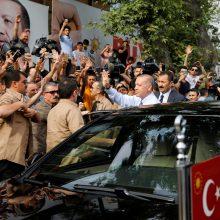R. T. Erdoganas skelbia pergalę rinkimuose Turkijoje