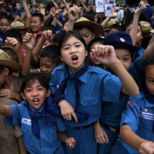 Užlietame Tailando urve 18 dienų praleidę vaikai sulysę, bet yra geros sveikatos