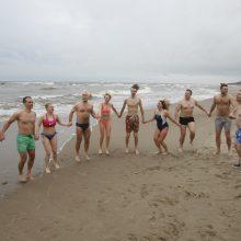 Sveikuoliai nėrė į žiemišką Baltiją