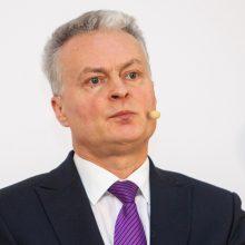 Apklausos: į prezidentinių reitingų priekį išsiveržė G. Nausėda