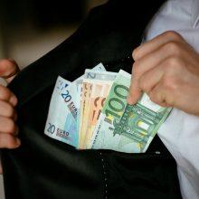 Socialinėmis apsimetančios įmonės gviešėsi milijonų eurų paramos