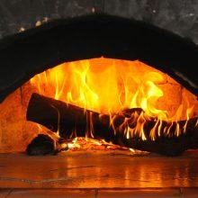 Spaudžiant šalčiams, ugniagesiai įspėja gyventojus šildytis saugiai