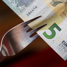Trišalė taryba pritarė MMA didinimui iki 400 eurų
