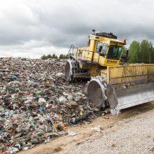 Siūloma uždrausti įvežti atliekas deginimui