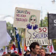 Apklausa: gyvenimu Lietuvoje džiaugiasi vis mažiau gyventojų