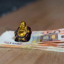 Sukčiai pinigus iš vilnietės sąskaitos pervedė į Ispaniją