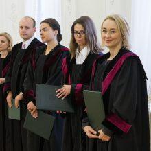 Prisiekė penki nauji apylinkių teismų teisėjai