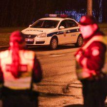 Vilniuje automobilis partrenkė į gatvę staiga išbėgusį neblaivų vyrą