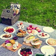 Vasaros iškyloms – penki gardžių užkandžių receptai