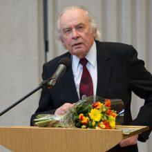 Šalies vadovai pasveikino kompozitorių A. V. Raudonikį jubiliejaus proga