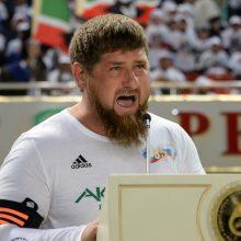 Čečėnijos lyderis sako esąs pasirengęs atsistatydinti