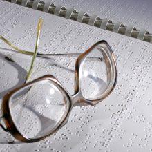 Regėjimo ar skaitymo negalią turintiems žmonėms – daugiau prieinamų kūrinių