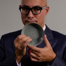 Senovinis kinų porceliano dubenėlis parduotas už rekordinę sumą