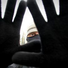 15-metė plėšikė pateko į areštinę