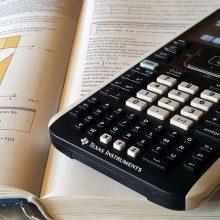 Penktadalio moksleivių matematikos semestro pažymiai yra itin žemi