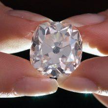Mokslininkai pademonstravo unikaliai paprastą technologiją, kaip pasigaminti deimantų