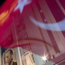 ESBO stebėtojai: rinkimams Turkijoje stigo lygių galimybių