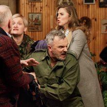Kodėl geriausiam Lietuvos aktoriui G. Savickui panižo pažastis?