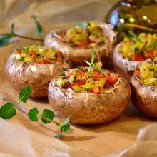 Kokius originalius patiekalus galėtų pasigaminti veganai ir vegetarai? (receptai)