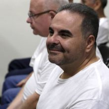 Buvęs Salvadoro prezidentas prisipažino pasisavinęs 300 milijonų dolerių