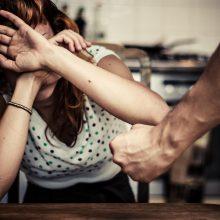 Planuojama tobulinti kompensacijų smurtinių nusikaltimų aukoms sistemą