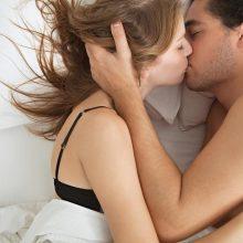 Tyrimas: dvi iš trijų moterų nepatiria orgazmo
