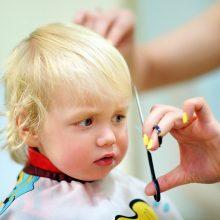 Mažylių plaukai: nuo priežiūros iki mados