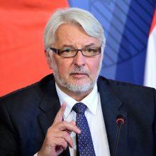 Lenkijos ministras: D. Trumpas turi teisę neįsileisti imigrantų