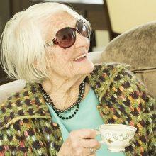100-metė pataria, kaip energingai sulaukti tokio amžiaus
