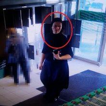 """Parduotuvėje """"Iki"""" pavogta piniginė, nuostolis – 1 tūkst. eurų"""