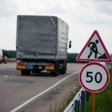 Policija pataria, kaip važiuoti baisiausiu šalies keliu