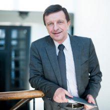 P. Baršauskas skundžiamas prokuratūrai, VGTU įpareigojamas atimti mokslinį laipsnį