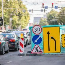 Liepą Savanorių prospekte – laikini pasikeitimai vairuotojams ir keleiviams