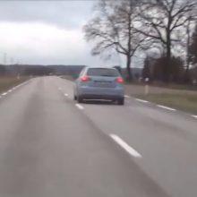 """Jaunas """"Audi"""" vairuotojas lėkė dvigubai viršydamas greitį"""