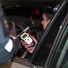 Reidas: policijos pareigūnai stabdė ir taksi, ir picos išvežiotojus