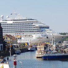 Kruiziniams laivams gresia vietos stygius