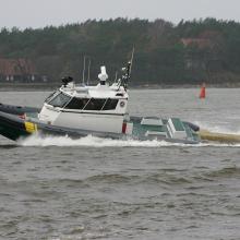 Pasieniečiai ieškojo valtimi į marias išplaukusio girto vyro