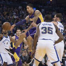 """""""Warriors"""" užlipo į NBA viršūnę"""