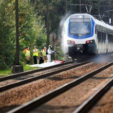 Nyderlanduose susidūrus traukiniui ir dviračiui žuvo keturi vaikai