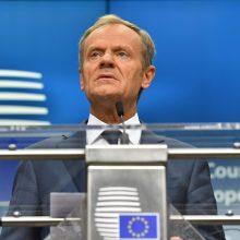 """D. Tuskas: """"Brexit"""" planą dėl Airijos reikia perdaryti"""