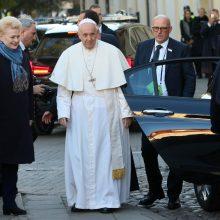 Popiežius: represijas iškentėjusi Lietuva gali tapti vilties švyturiu