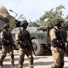 Afganistane talibai įkaitais paėmė per 100 žmonių