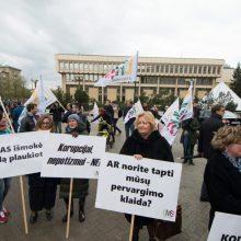 Medikai – vėl mitinge: prašo europinių algų