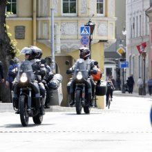 Motociklininkai: vienas leidimas išspręstų spūsčių, taršos ir parkavimo problemas
