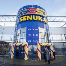 """""""Kesko Senukai"""" atnaujino pirmąjį prekybos centrą Latvijoje"""