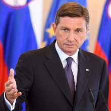B. Pahoras prašo antiimigrantiškos partijos formuoti valdančiąją koaliciją