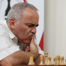 Sugrįžimas: G. Kasparovas sužaidė lygiosiomis su S. Karjakinu ir dar dviem varžovais