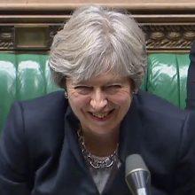"""Th. May partija neigia sukčiavusi parlamentui balsuojant dėl """"Brexit"""" įstatymo dalies"""