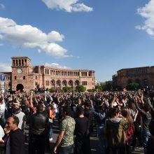 Opozicijos lyderis: protestai Armėnijoje nesusiję su pasaulio geopolitikos centrais